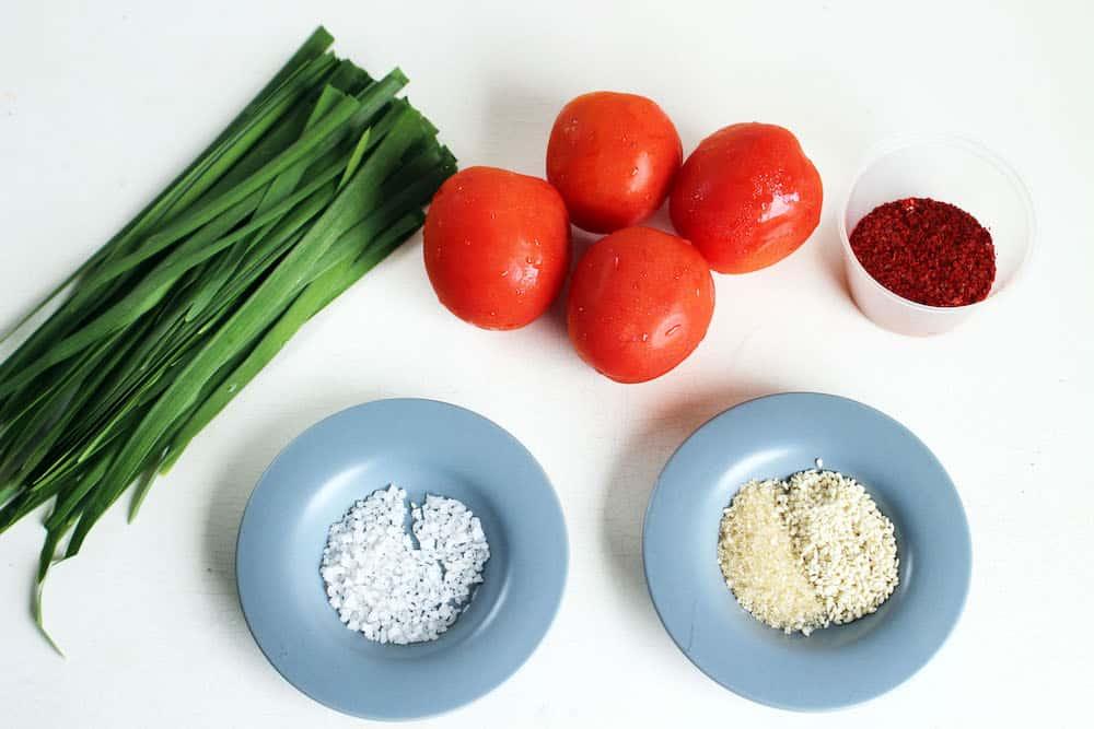 Tomato-Kimchi-Ingredients