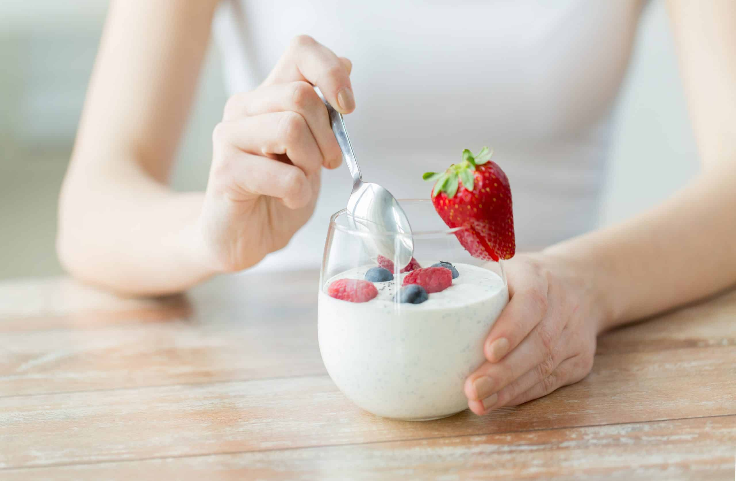 probiotic-yogurt-with-spoon